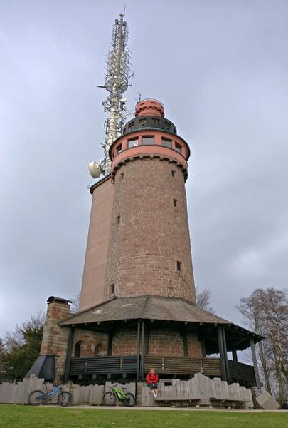 Merkurgipfel Baden-baden mit Blick auf Turm