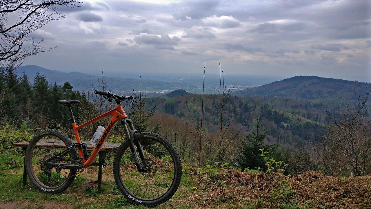 2017 Kona Hei Hei Trail vor Murgtalpanorama
