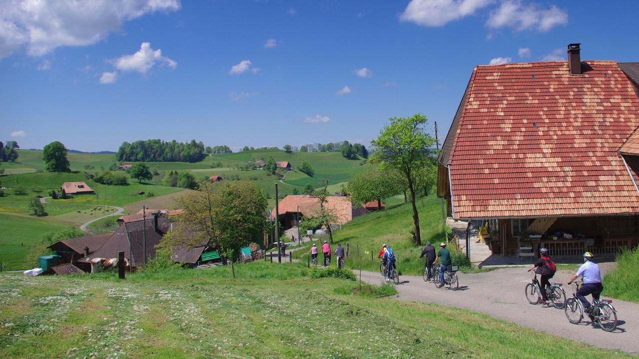 Flyer Werksbesichtigung E-Bike-Tour Schweiz Radhaus Kastner